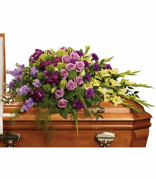 Picture of Reflections of Gratitude Casket Spray
