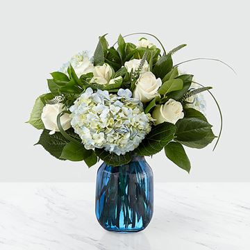 Picture of Crowned Bouquet